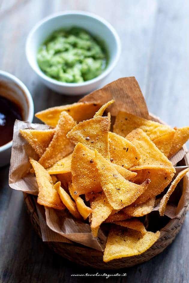 new style df67b f9192 Nachos fatti in casa: la Ricetta messicana perfetta delle patatine di mais