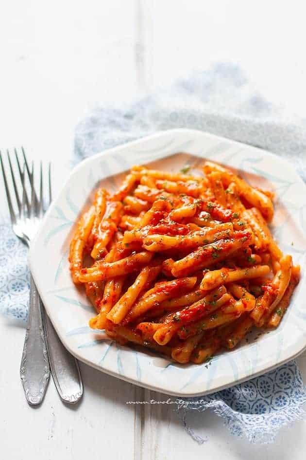 Pasta con crema di peperoni - Ricetta Pasta con crema di peperoni