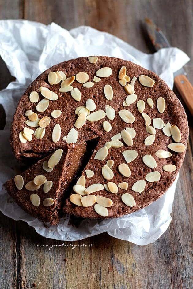 Torta del nonno (frolla al cacao ripiena di crema al cioccolato)- Ricetta Torta del nonno