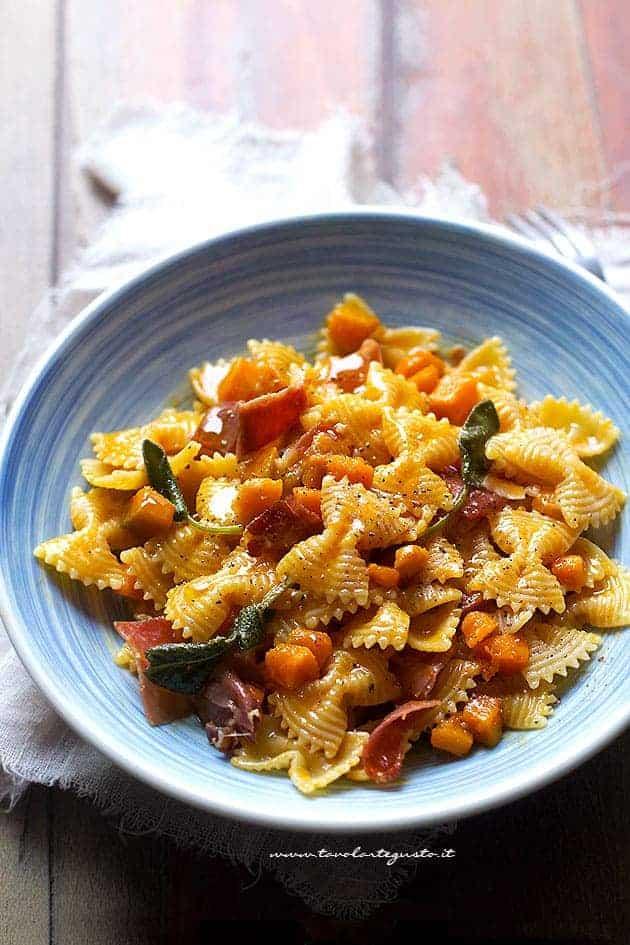 Carbonara di Zucca (pasta Zucca, Pancetta e Crema di Uova)