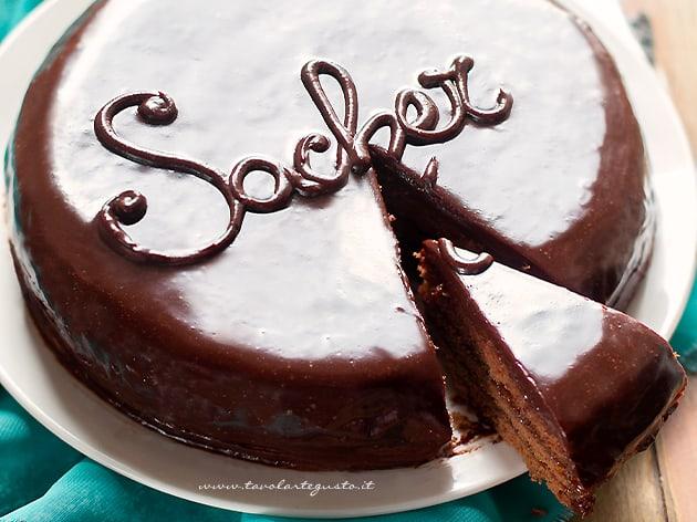 Torta Sacher (Sachertorte) - Ricetta Torta Sacher-