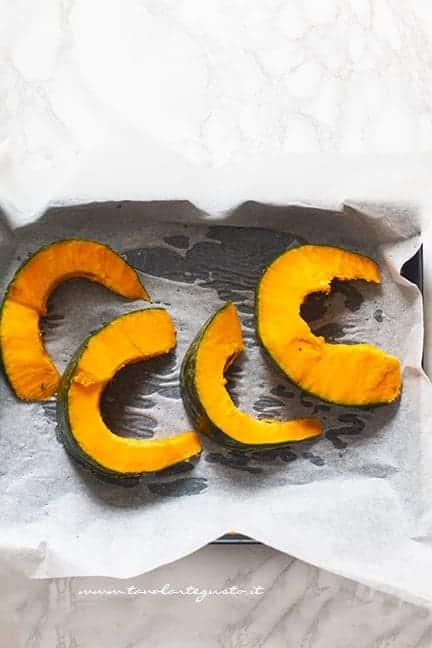 cuocere la zucca - Ricetta Tortelli di zucca