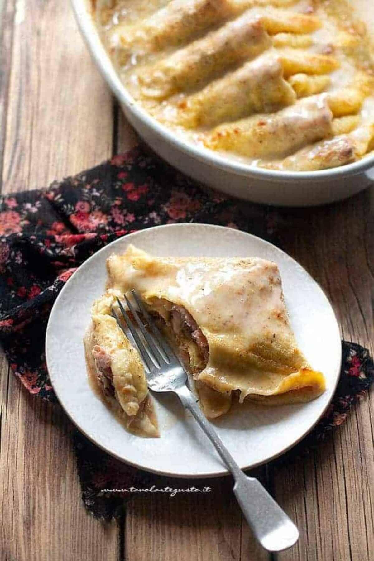 Ricetta Omelette Salate Prosciutto E Formaggio.Crepes Prosciutto E Funghi Ricetta Facilissima E Saporita