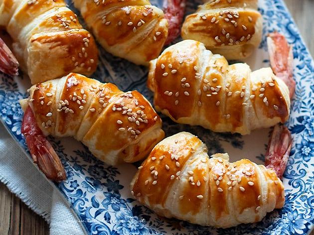 Gamberi in crosta di pasta sfoglia - Ricetta Gamberi in pasta sfoglia-
