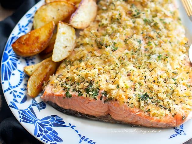 Salmone al forno - Ricetta Salmone al forno