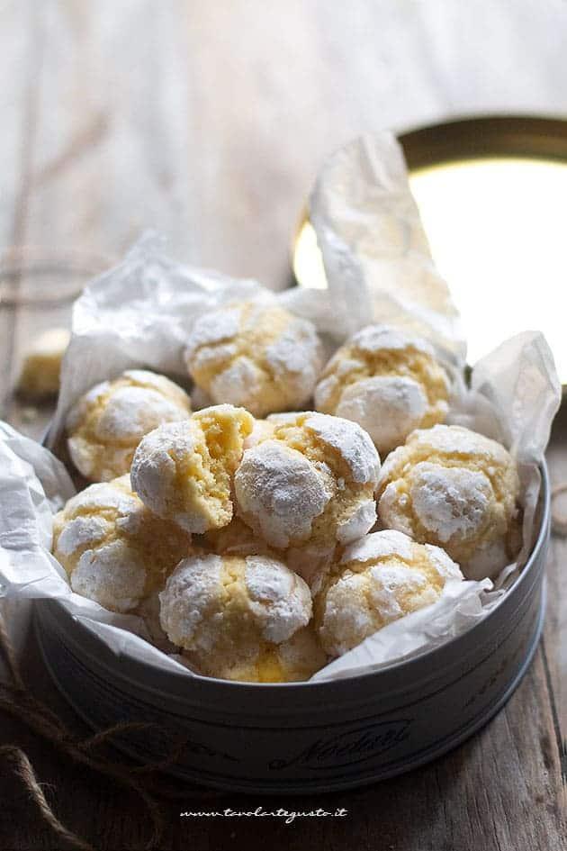 biscotti al limone morbidi e profumati - Ricetta Biscotti al limone