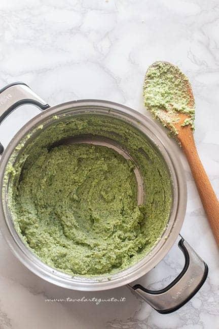 crema di broccoli e formaggio - Ricetta Timballo di pasta