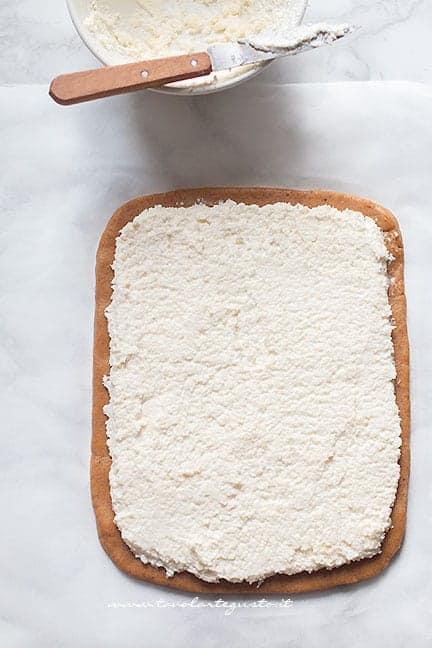 farcire il rotolo - Ricetta Rotolo di pandoro