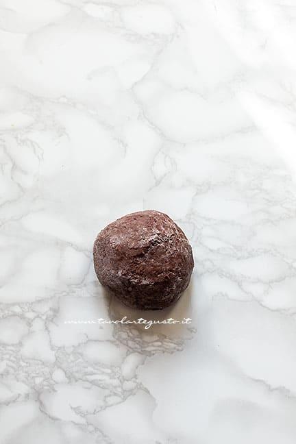 formare una palla. - Ricetta Chiacchiere al cioccolato