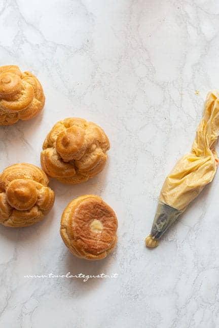 farcire con la crema pasticcera - Ricetta Bignè di San Giuseppe