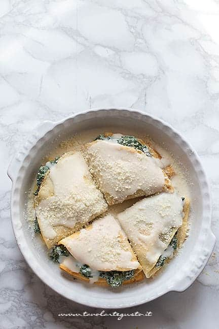 le crepes salate pronte da infornare - Ricetta Crespelle ricotta e spinaci