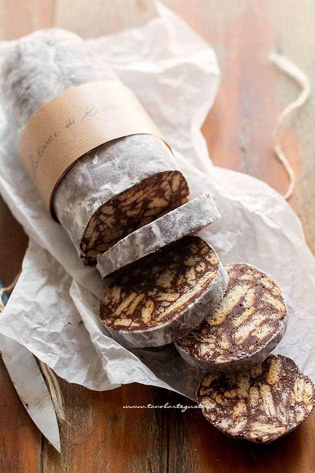 Salame di Cioccolato: Ricetta Originale Facilissima e Super Golosa!