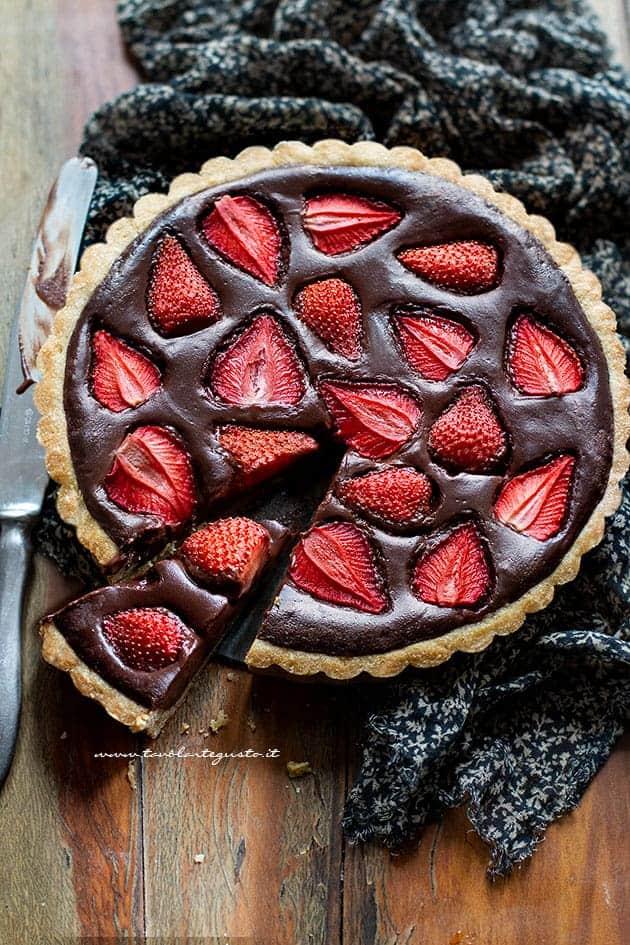 crostata cioccolato e fragole - Ricetta Crostata cioccolato e fragole