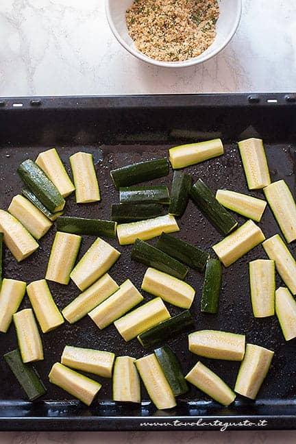 come cucinare le zucchine al forno - Ricetta zucchine al forno