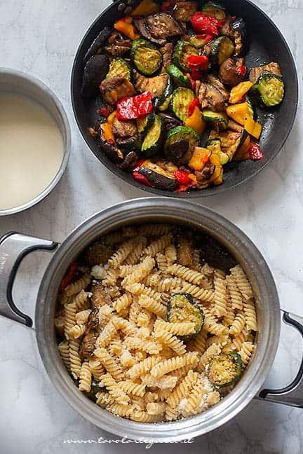 condire la pasta con verdure e besciamella light