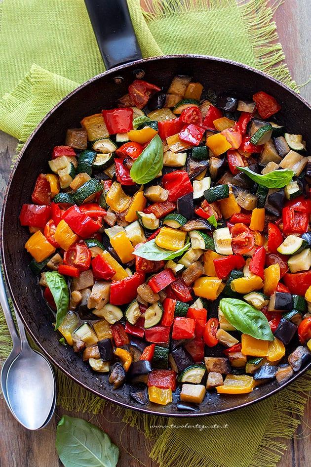 Verdure in padella - Ricetta contorno di verdure in padella