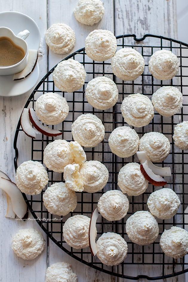 biscotti al cocco - Ricetta biscotti al cocco