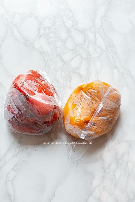 lasciare raffreddare - Ricetta Peperoni al forno