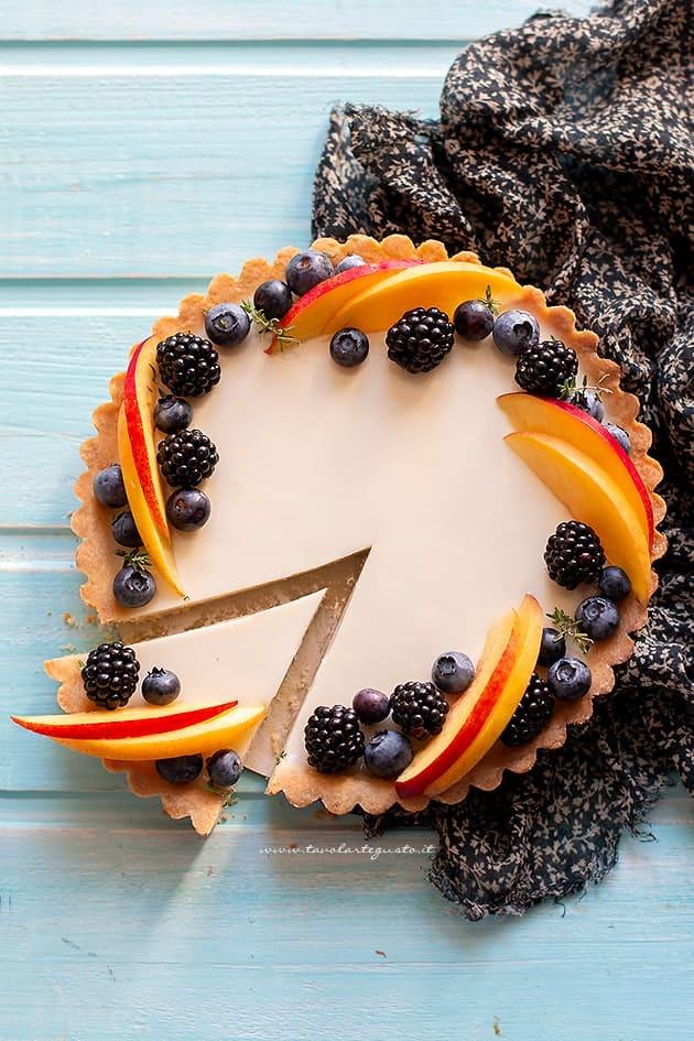 Crostata con panna cotta e frutta - Ricetta Crostata con panna cotta