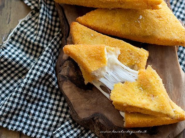 Mozzarella in carrozza al forno - Ricetta Mozzarella in carrozza al forno