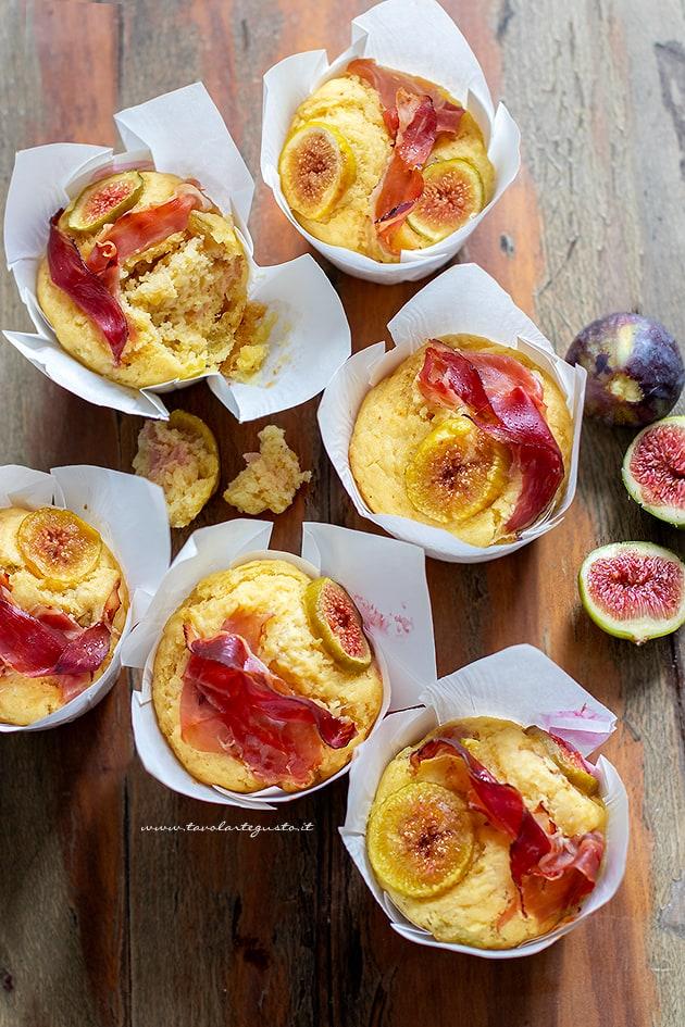 Muffin al prosciutto e fichi - Ricetta semplice e veloce