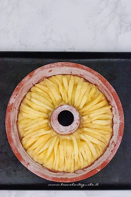 come fare la ciambella alle mele