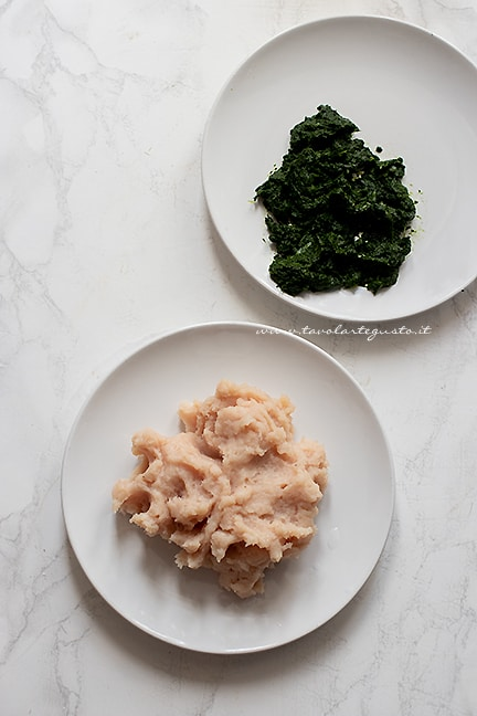 frullare il petto di pollo e gli spinaci - Ricetta Spinacine