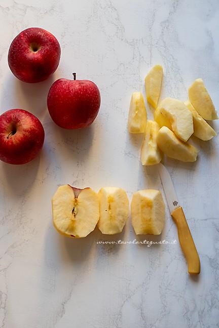sbucciare le mele - Ricetta Tarte Tatin