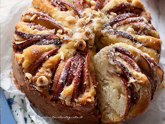 Torta di mele senza glutine - Ricetta Torta di mele senza glutine morbidissima-