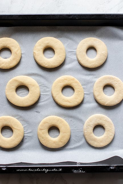 lasciare lievitare - Ricetta Donuts
