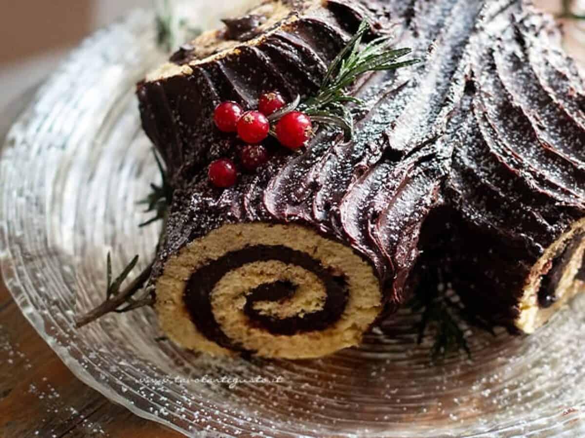 Tronchetto Di Natale Montersino.Tronchetto Di Natale La Ricetta Originale Facile E Golosa Passo Passo