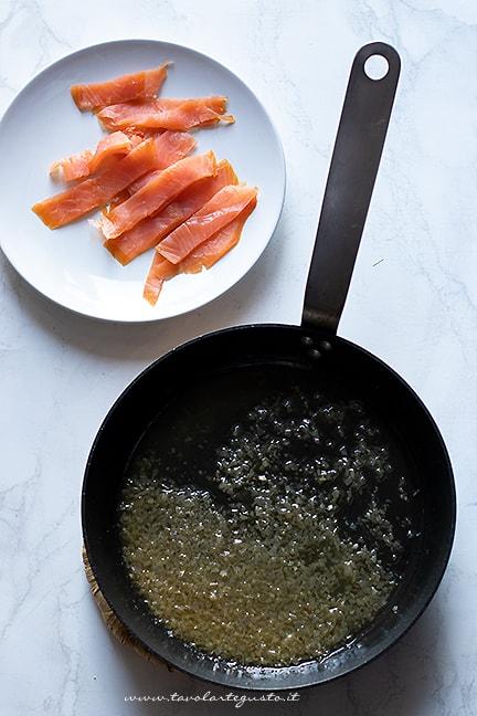 come fare la pasta al salmone - Ricetta Pasta al salmone