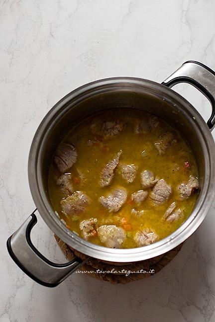 come cuocere lo spezzatino - Ricetta Spezzatino con patate