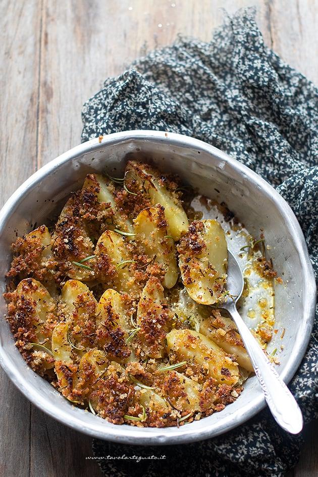 Patate gratinate - Ricetta Patate gratinate-