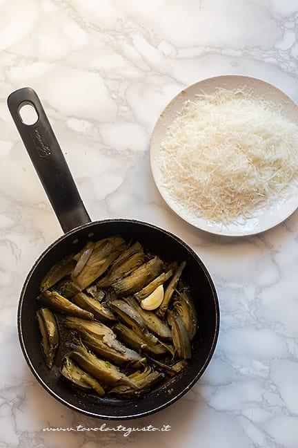 trifolare i carciofi- Ricetta Pasta con carciofi
