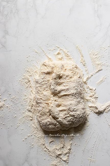 fare le pieghe - Pane senza lievito