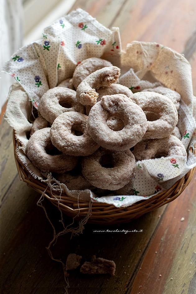 Ciambelline al vino - Biscotti al vino- Ricetta originale-