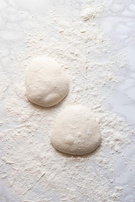 dividere i panetti - Ricetta pizza napoletana