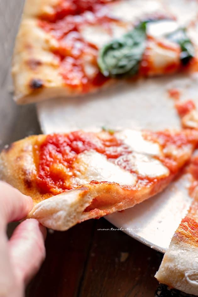 pizza napoletana - ricetta pizza napoletana