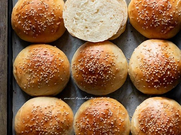 Panini per hamburger - Burger buns - Ricetta Panini per hamburger