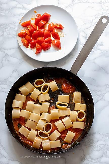 risottare la pasta - Ricetta pasta con burrata