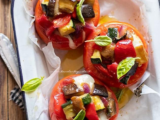 verdure - Ricetta Pomodori ripieni di verdure-