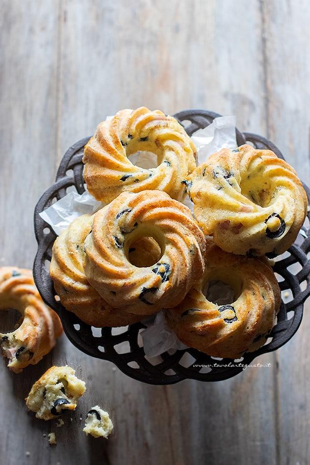 Ciambelline salate - Ricetta Ciambelline salate-