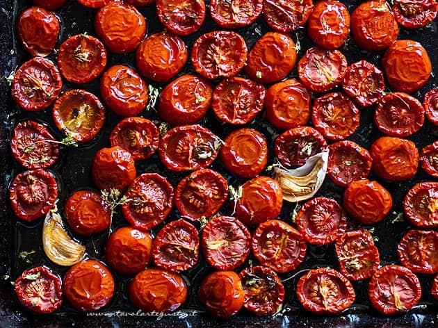 Pomodorini confit - Pomodorini al forno ( Ricetta Pomodorini confit)