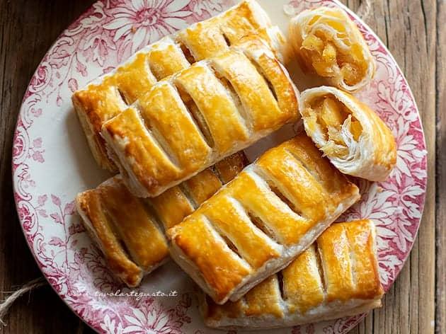 Ricetta Fagottini di mele - Ricetta Fagottini di pasta sfoglia e mele