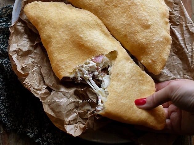 Ricetta Impasto Pizza Fritta Napoletana.Pizza Fritta La Ricetta Originale Napoletana Passo Passo