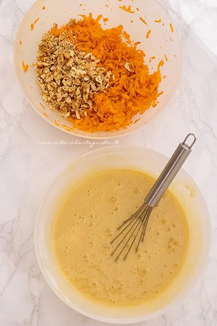 come fare l'impasto della carrot cake