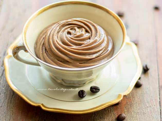 Crema pasticcera al caffè