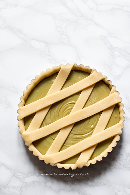 Come fare la crostata con crema al pistacchio
