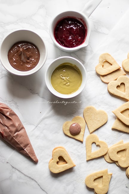 farcire i biscotti di san valentino